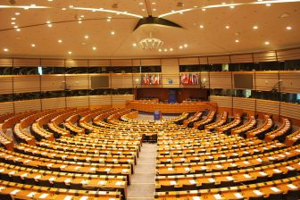 European Parlement, by Ash Crow (Own work), CC BY-SA 3.0