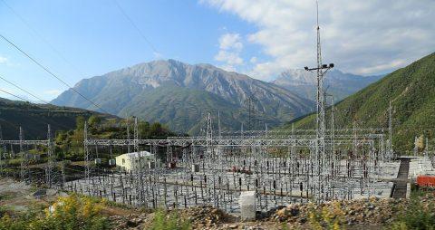 Fierza Hydroelectric Power Station, Albanië 2013 Image: Wikipedia / Tobias Klenze (Own work) CC-BY-SA 4.0