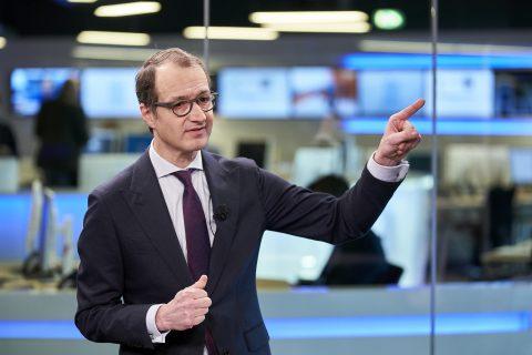 Minister Eric Wiebes tijdens de presentatie van de Staat van de Economie, foto: HollandsHoogte Phil Nijhuis