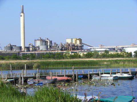 De zinkfabriek in Budel. (foto: Nyrstar)